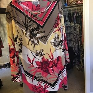 Stand Out Art Blouse XL Stunning pattern and Color